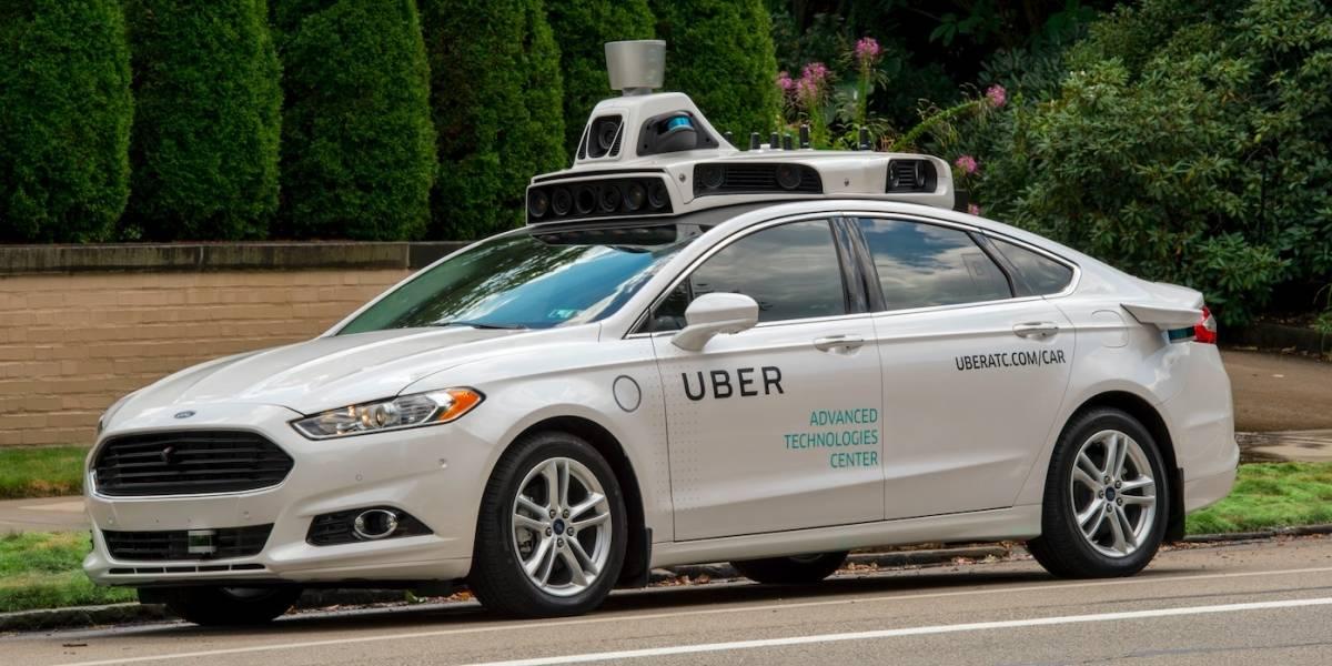 California amenaza a Uber con acciones legales si no detiene servicio de vehículos autónomos