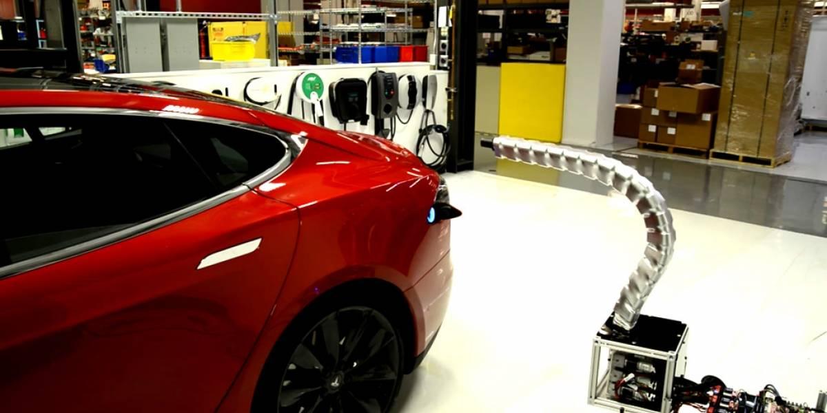 Conoce el nuevo cargador 'serpiente' de los autos Tesla