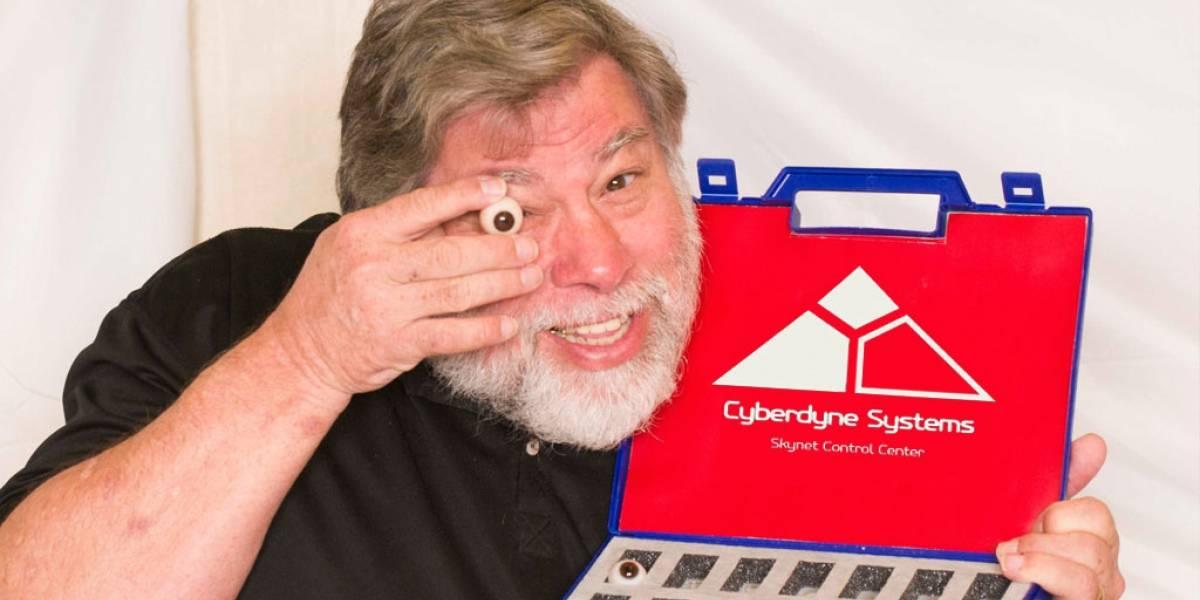 Steve Wozniak admite que le dan miedo los avances de la robótica