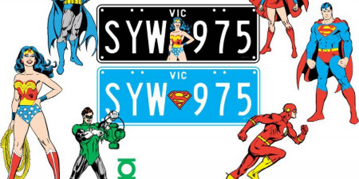 Pon a Batman en la placa de matrícula de tu auto