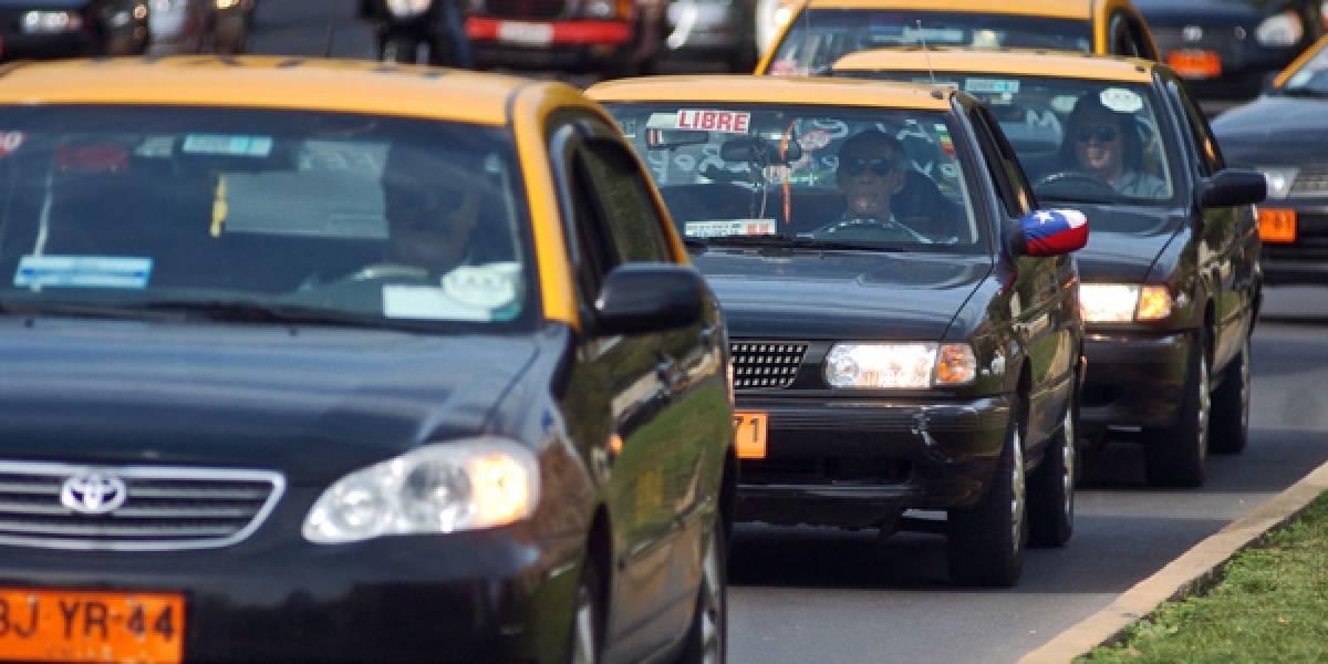 Easy Taxi implementó lentes de realidad virtual en sus vehículos en Chile