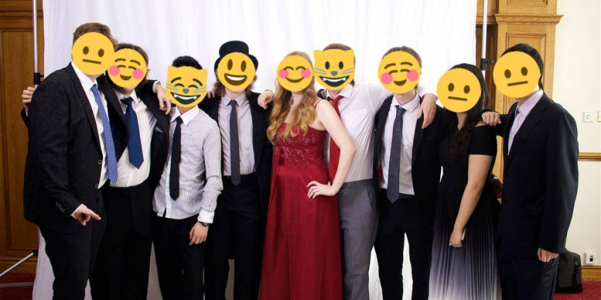 Nuevo bot en Twitter cambia rostros por emojis