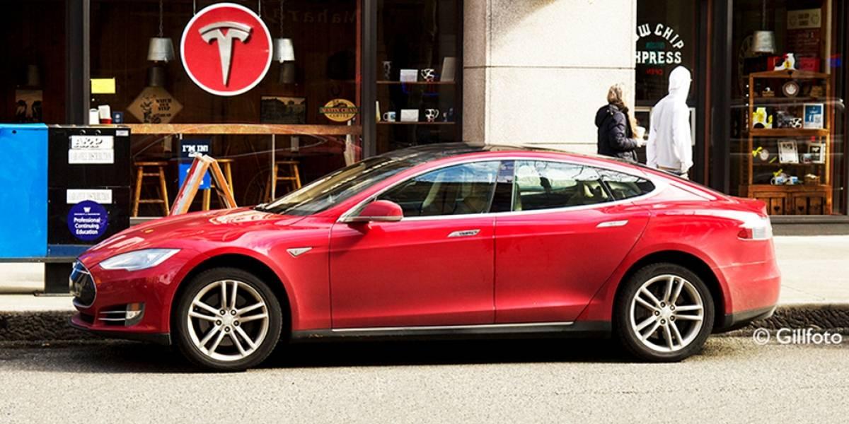 Tesla abre sus patentes para promocionar el auto eléctrico