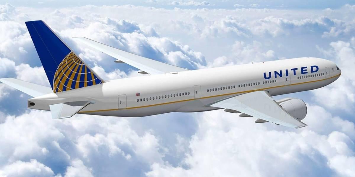 Twitter estaría borrando mensajes sobre caso de abuso a un pasajero de United Airlines