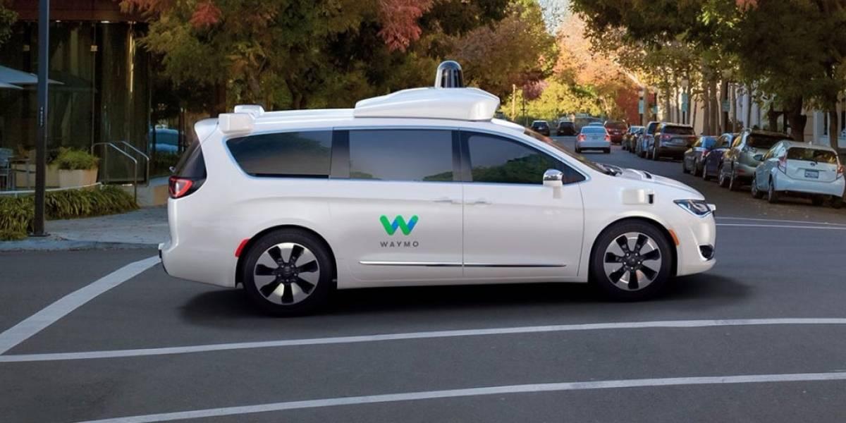 Así luce la minivan autónoma desarrollada por Google y Chrysler