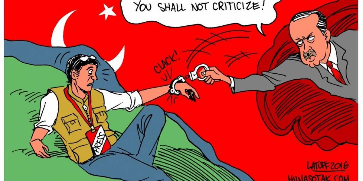 """WikiLeaks advierte que están """"bajo ataque sostenido"""" por publicación de documentos de Turquía"""