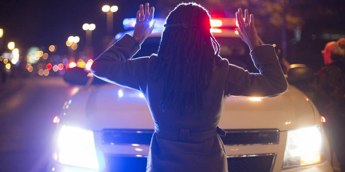 Policía de EE.UU deberá portar cámaras en su uniforme