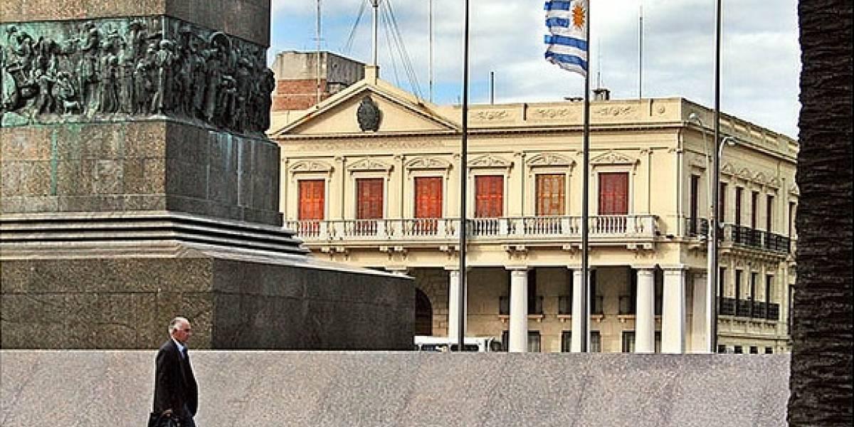 Un sitio web lucha contra la monopolización de la fibra óptica en Uruguay [FW Interviú]