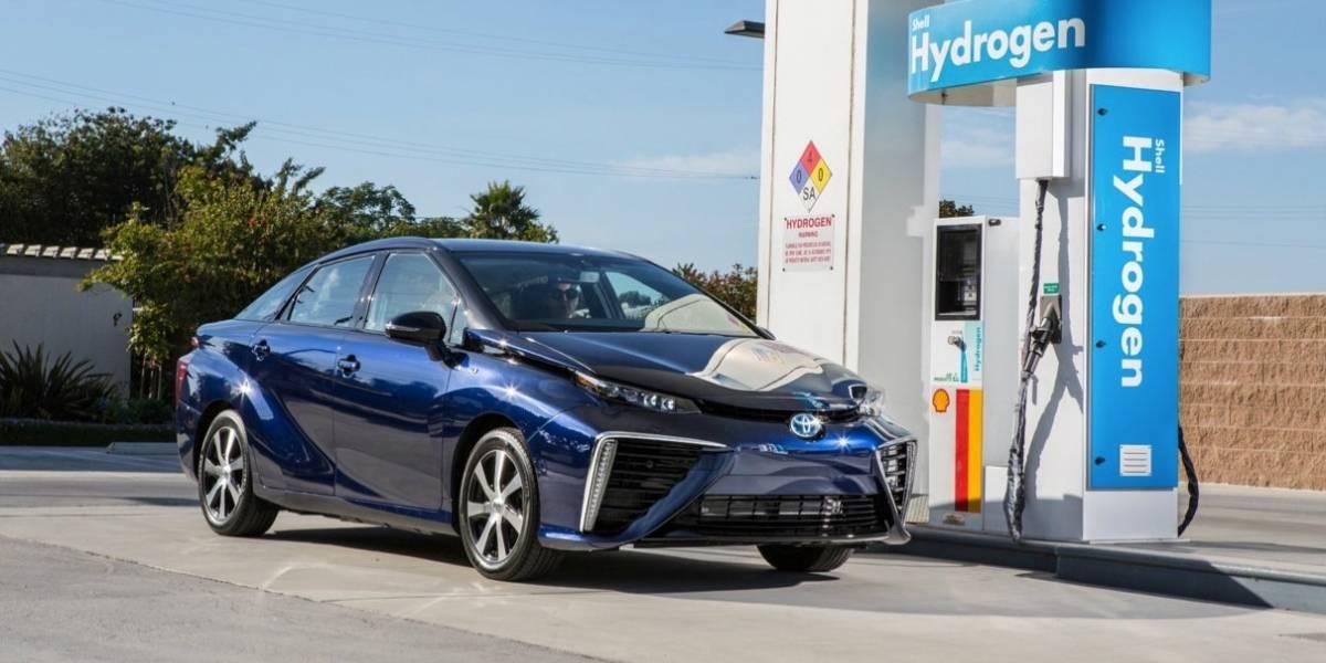 Fabricantes de automóviles regalan hidrógeno porque no saben cómo cobrar por él