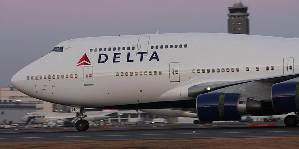 Pintando el 'nuevo' Boeing 747-400 de Delta Airlines