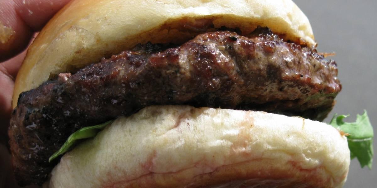 Primera hamburguesa de laboratorio se pone a prueba en degustación pública en Londres