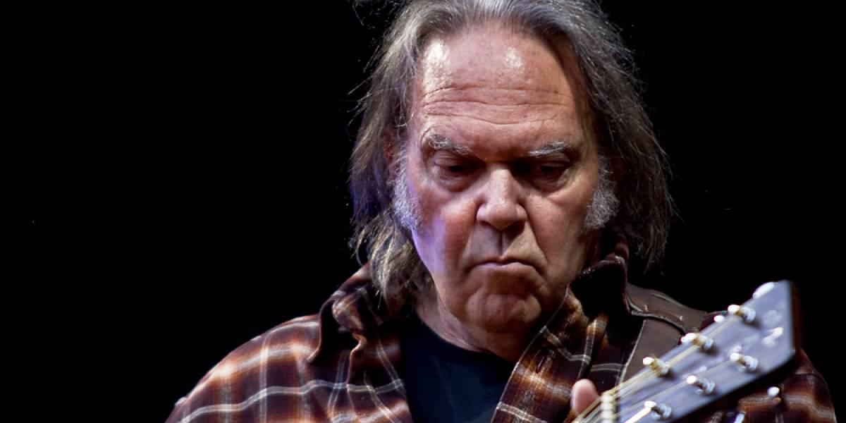 Neil Young recurrirá a Kickstarter para lanzar su reproductor de música PonoMusic
