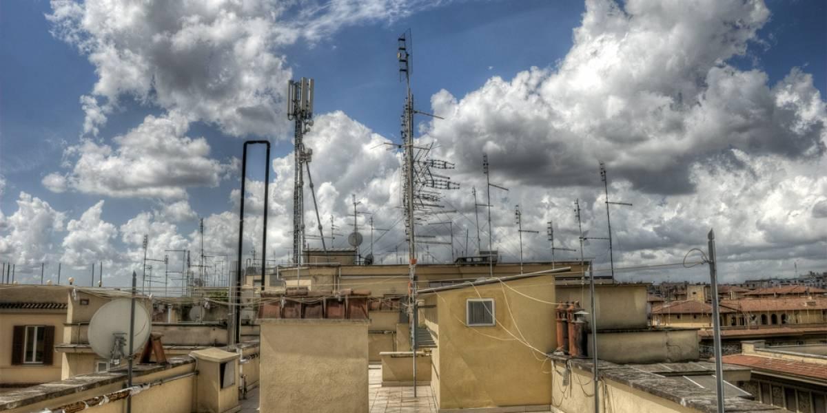 Metamaterial convierte cualquier superficie en una antena de radio