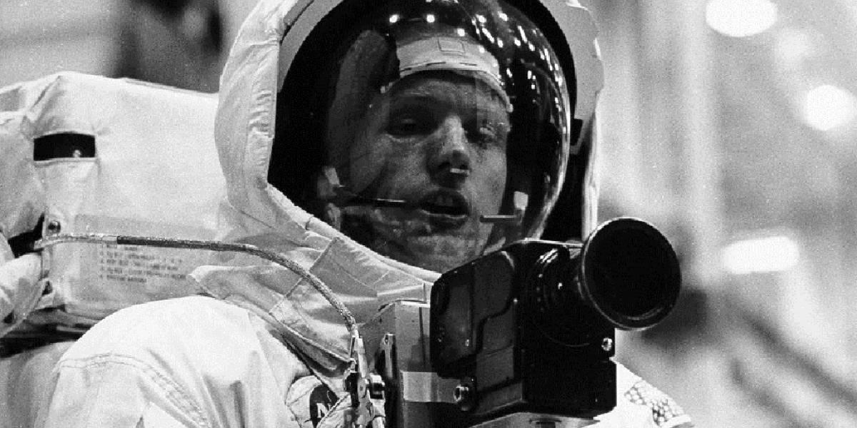 Subastan cámara de fotos Hasselblad, igual a la utilizada por la misión lunar Apolo