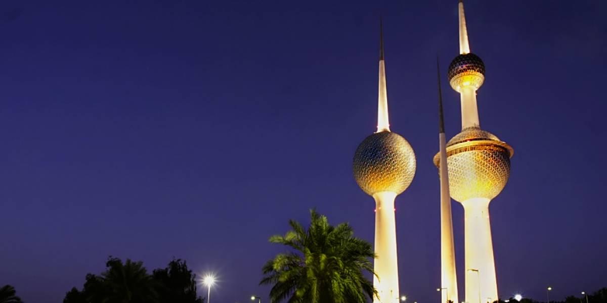 Sentencian a dos años de cárcel a un hombre en Kuwait por criticar al monarca vía Twitter