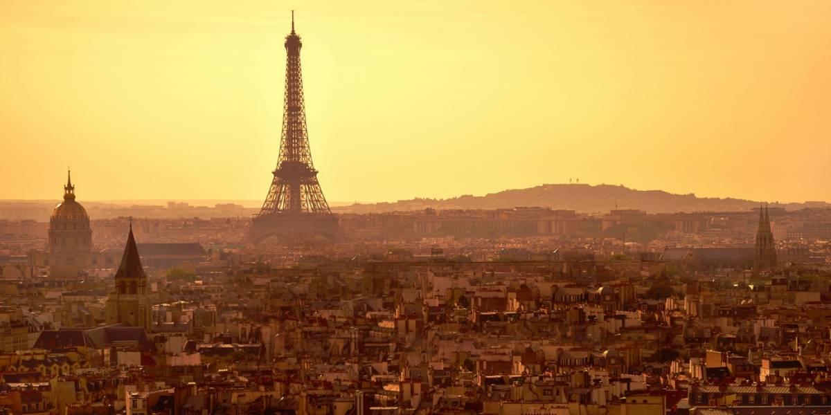 Mashable realiza homenaje a las víctimas de París en Twitter