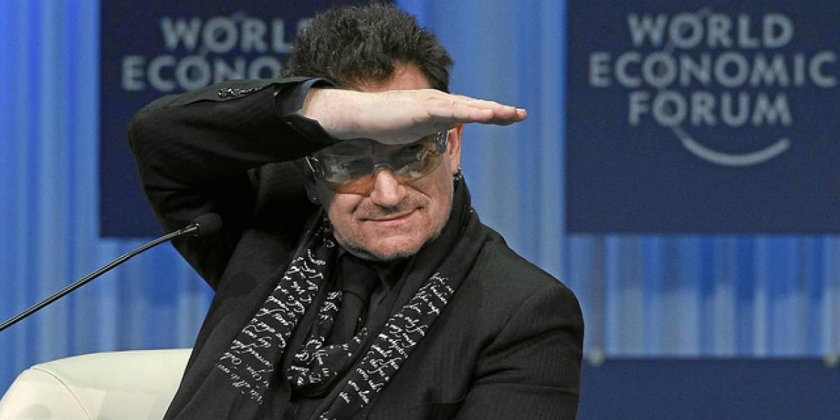 """A Bono """"Le Gusta"""" Facebook: En dos años ganó más dinero que con U2"""
