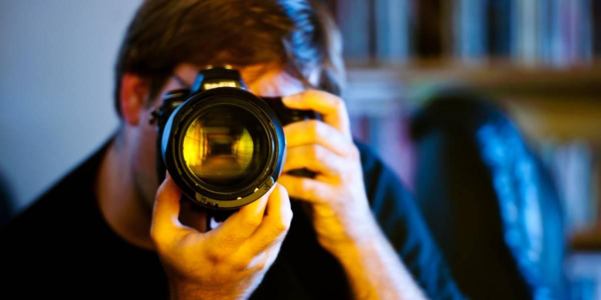 Científicos desarrollan un sistema para eliminar los reflejos en las fotografías