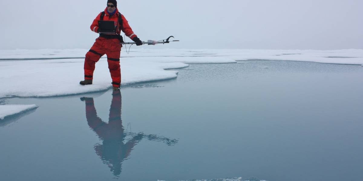 ¿Se puede desacelerar el calentamiento global lanzando hierro al océano?
