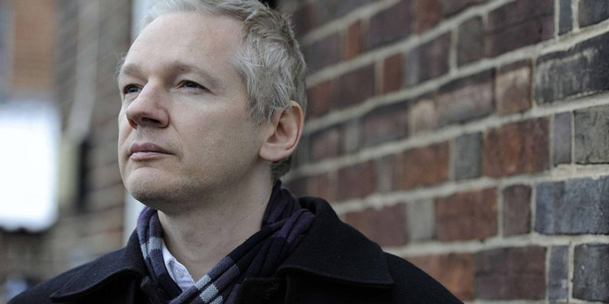 "WikiLeaks enfrenta a ""The Fifth Estate"" con el documental ""Mediastan"""