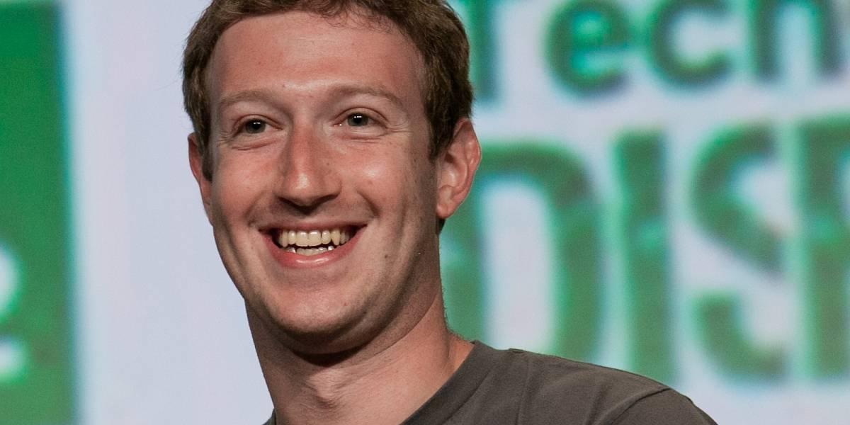 Mark Zuckerberg defiende su propuesta para entregar acceso universal a Internet