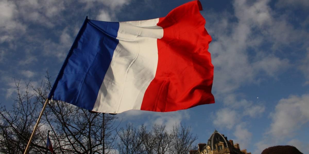 Francia dejará de desconectar de Internet a quienes compartan material pirata