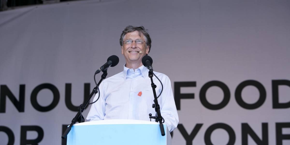 """Bill Gates dice que globos con Internet de Google """"no le sirven a alguien con malaria"""""""