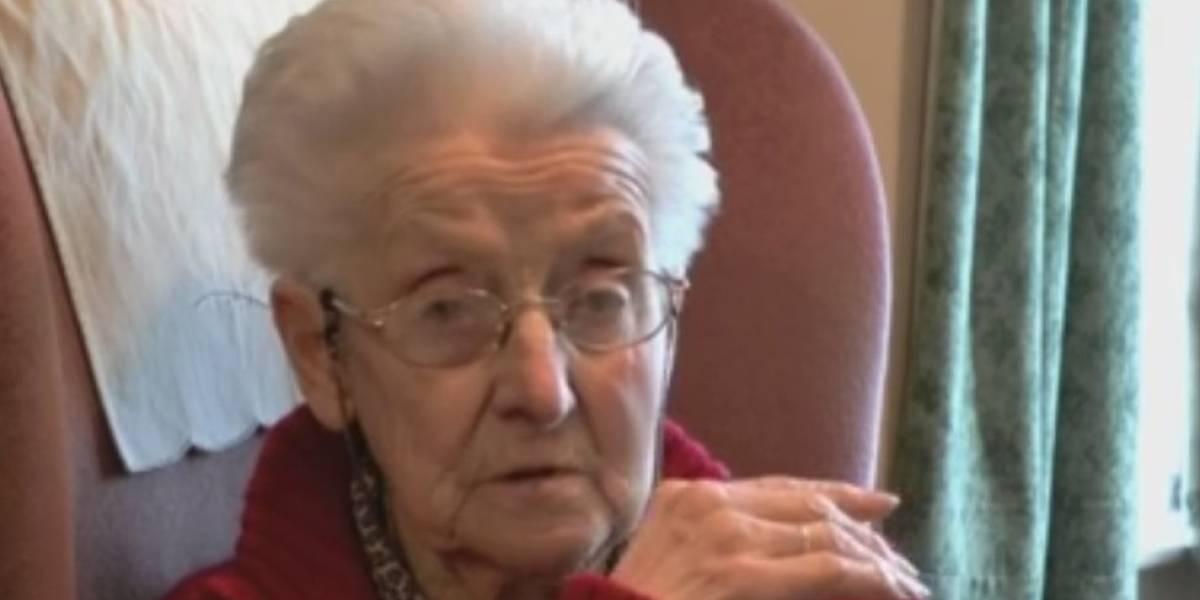 Estranhos lotam funeral de idosa que morreu sozinha aos 103 anos