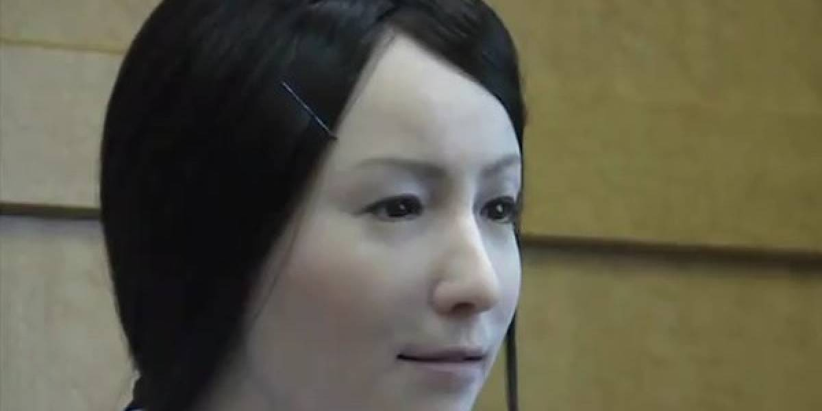 Actroid-F, enfermera robot superrealista (Video)
