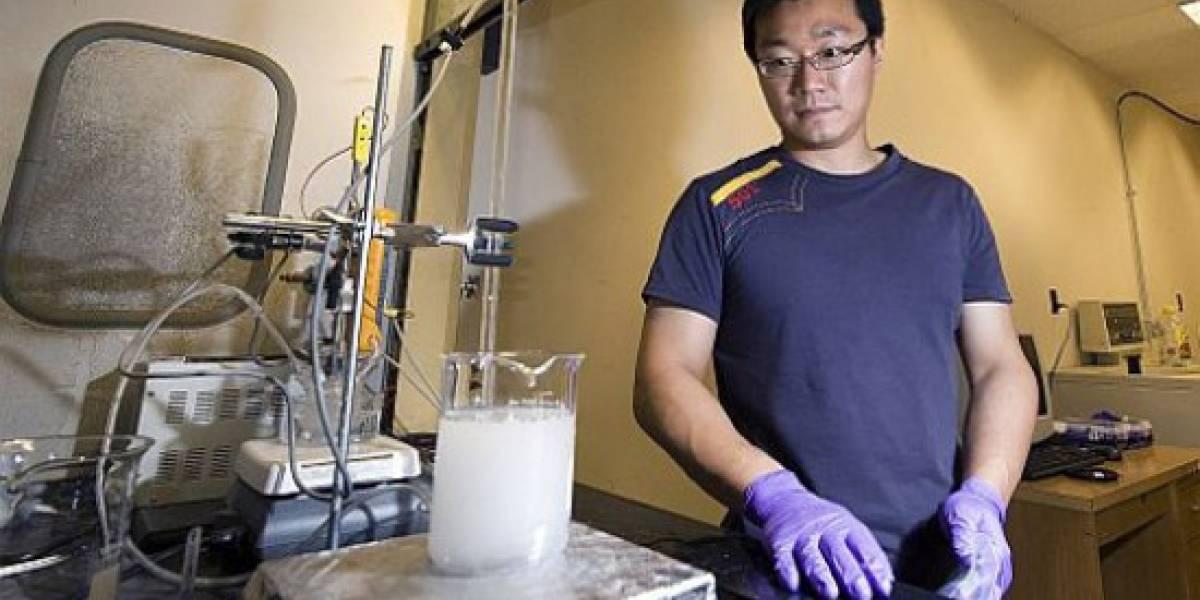 Aleación metálica convierte agua salada o sucia en agua potable y electricidad