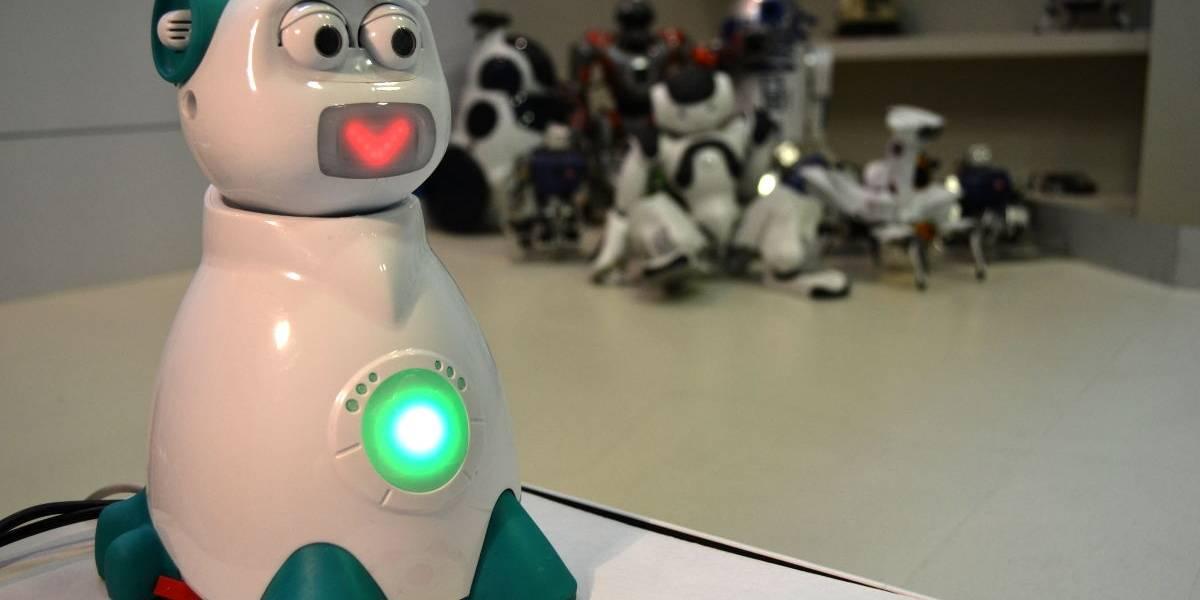 """Aisoy 1, el robot español que """"siente"""" y con el que se aprende a programar"""