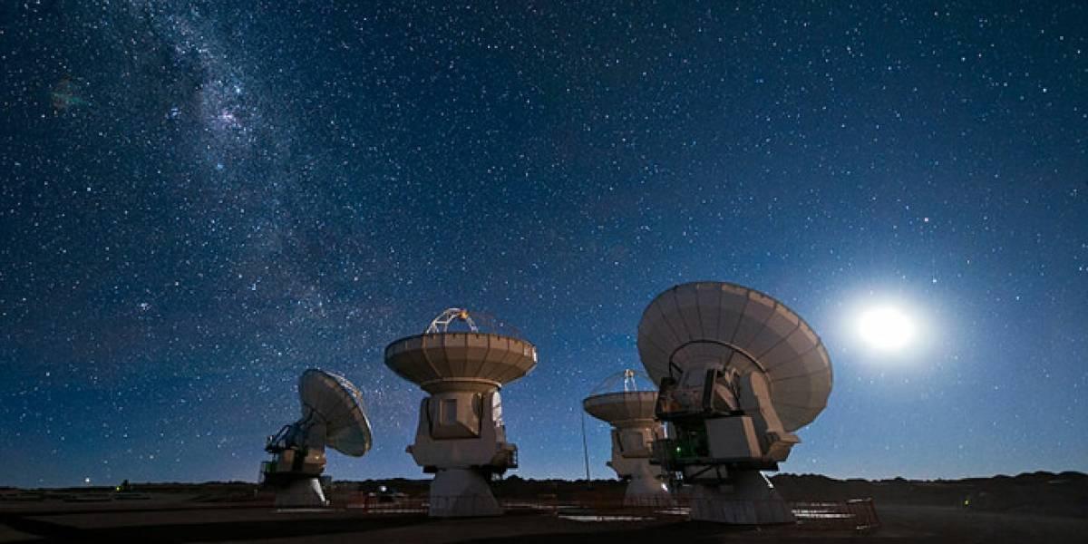 Telescopio de radio gigante buscará extraterrestres desde Sudáfrica y Australia