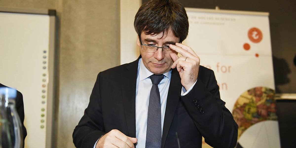 Puigdemont dice que busca reelegirse como líder de Cataluña
