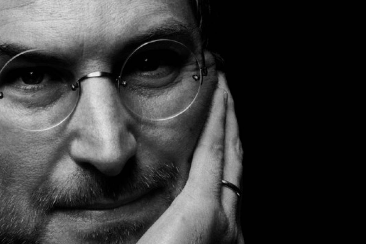 Bautizan a niños como Apple, Steve Jobs y Zuckerberg en Perú