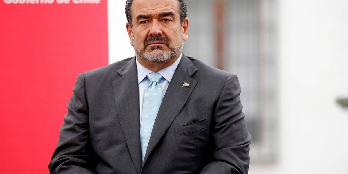 Chile: Formalizan a abogado por crear una cuenta de parodia en Twitter del empresario Andrónico Luksic