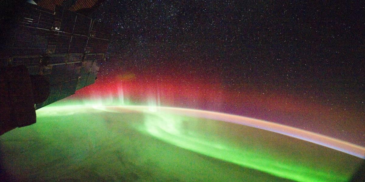 Foto: Una espectacular aurora roja captada por la ISS