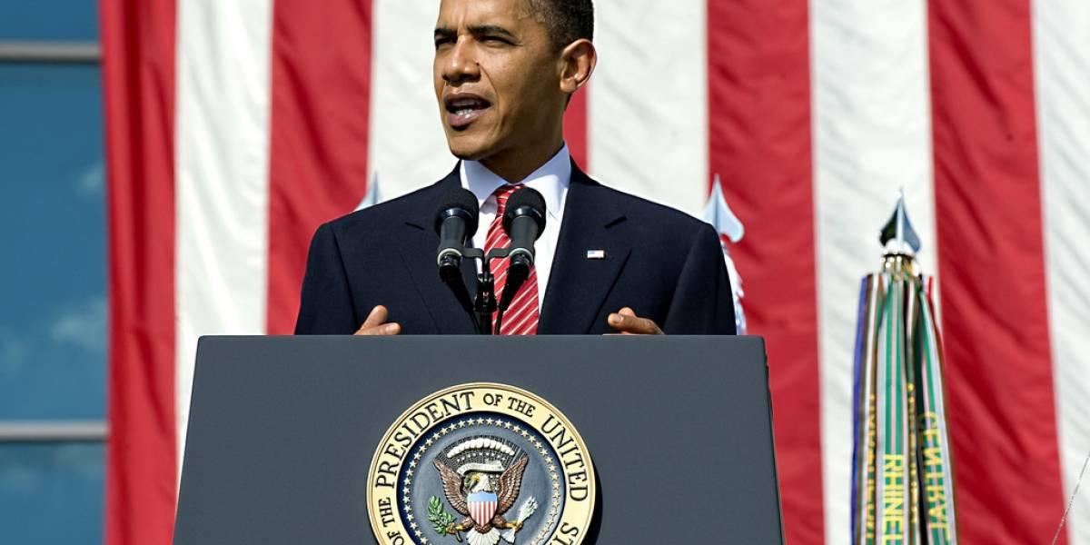 Barack Obama y Mark Zuckerberg quieren conocer al niño del 'reloj bomba'