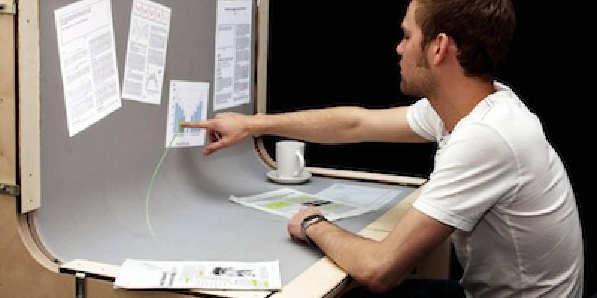 Bend Desk: un escritorio hecho de displays