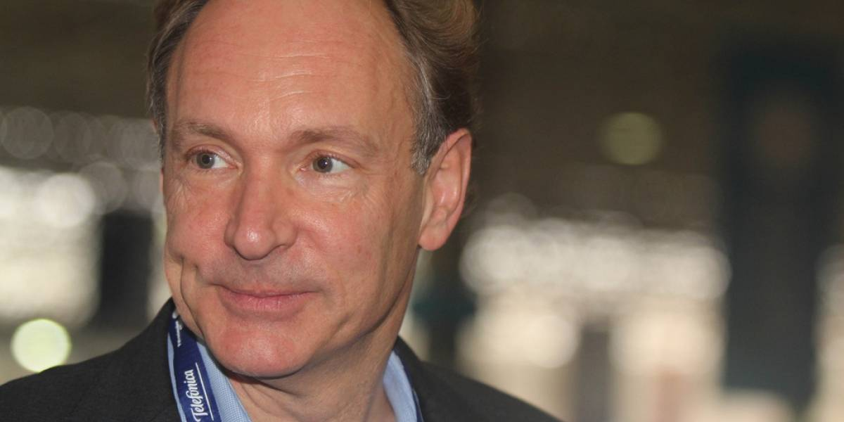 """Para Tim Berners-Lee lo mejor es """"decir que no"""" al Internet gratuito de Facebook"""
