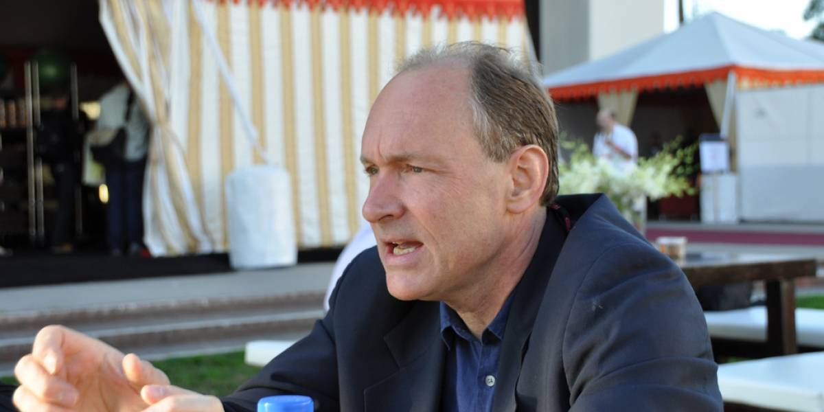 Tim Berners-Lee y Jimmy Wales critican la vigilancia de EE.UU.