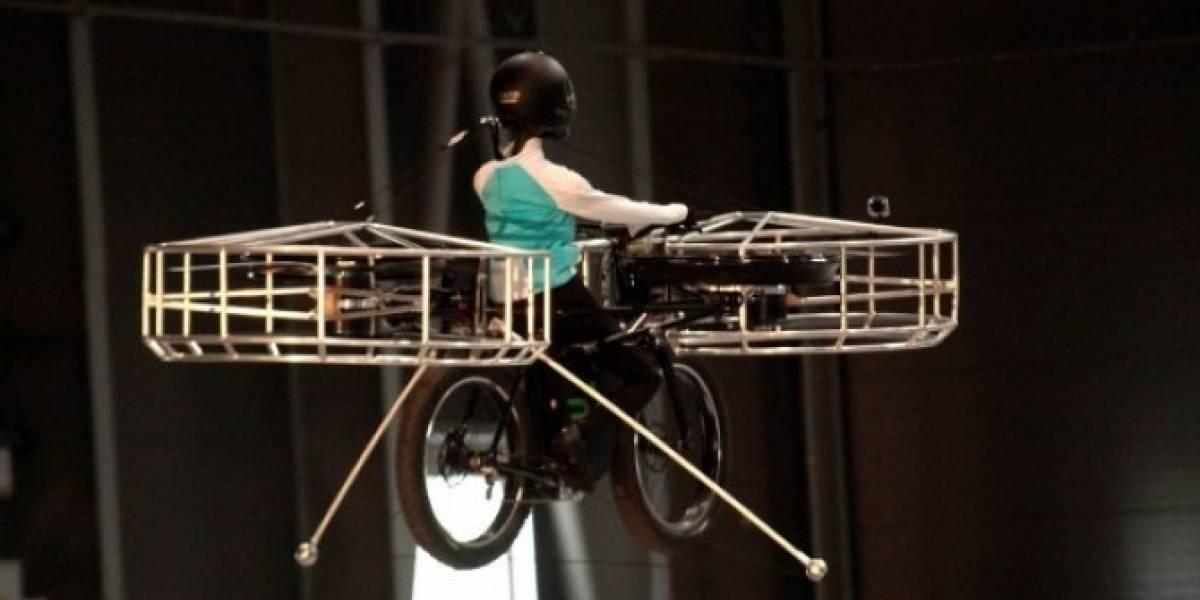 Checos presentan prototipo funcional de bicicleta voladora