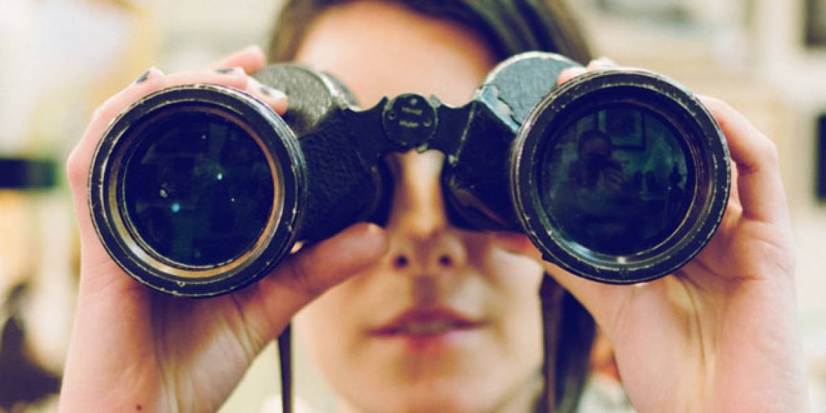 Desarrollan lentes de contacto con zoom