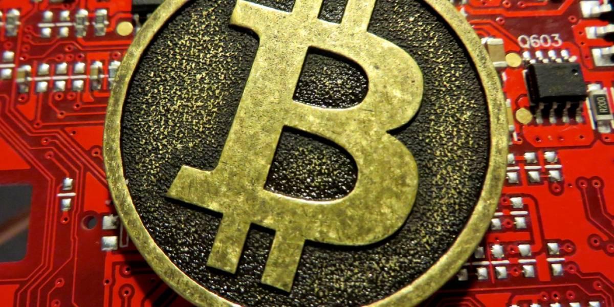 Bitcoin se desploma luego que servicio de intercambio chino bloqueara nuevos depósitos