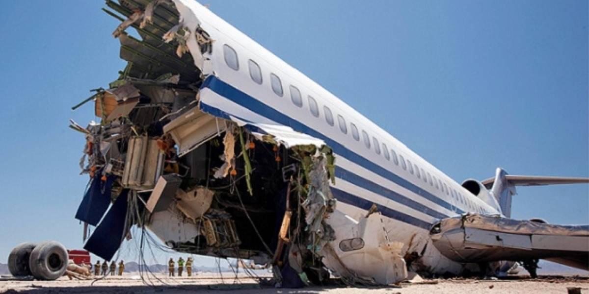 México: Estrellan avión en desierto para probar un aterrizaje forzoso