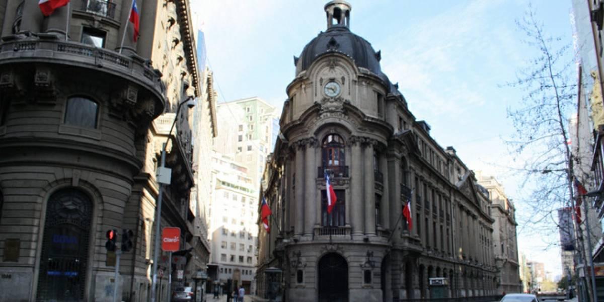 Chile: Bolsa de Santiago permitirá comprar y vender acciones de Google, Apple y Microsoft