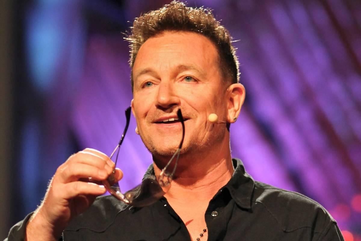 A U2 le salió la jugada con Apple