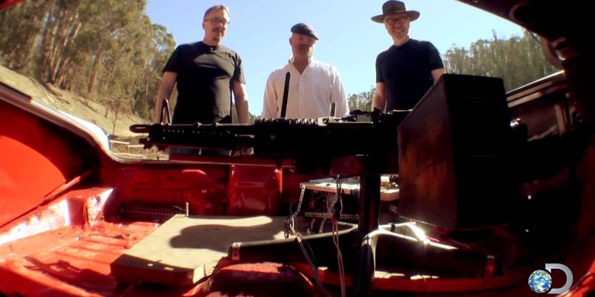 Mira el video de los Mythbusters con el carro del final de Breaking Bad