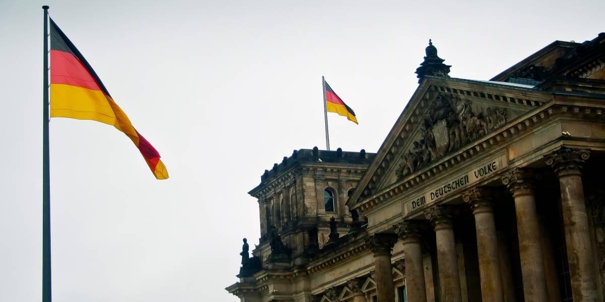 Alemania ayudó a la NSA a espiar políticos y empresas europeas