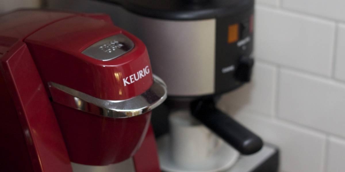 Fabricante de cafeteras Keurig se desploma por su sistema DRM