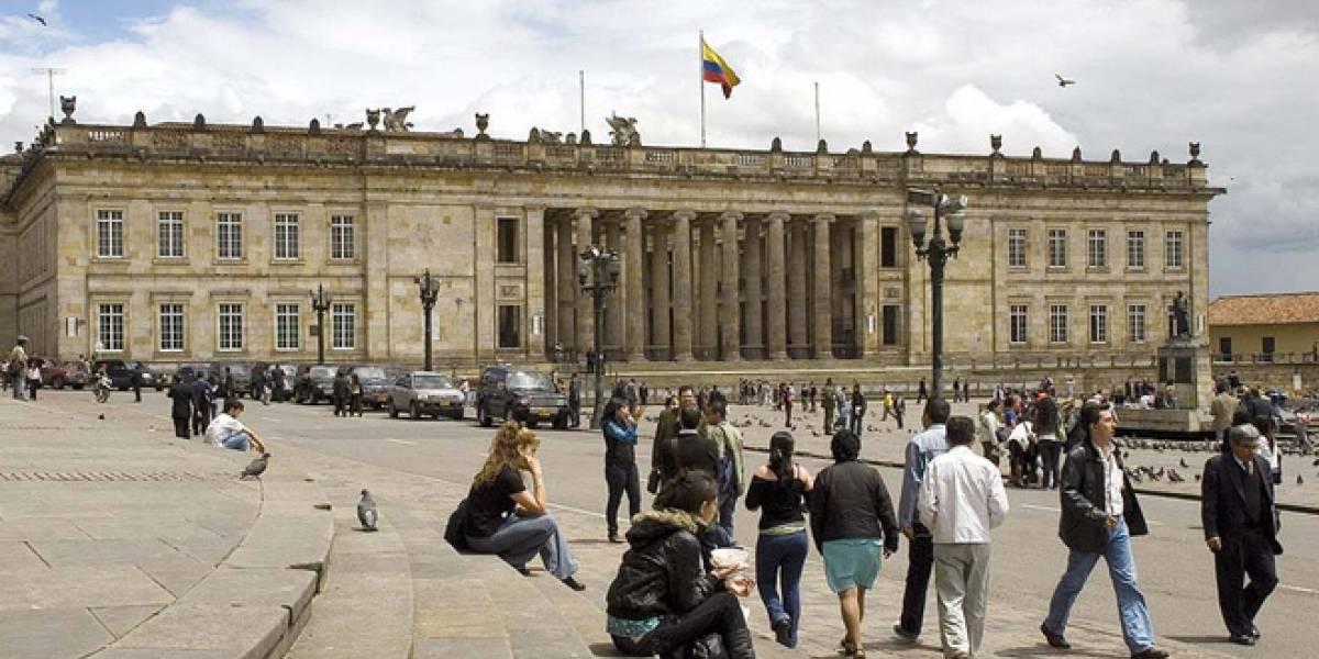 """Colombia: Nueva """"Ley Lleras"""" fue aprobada en el Congreso, internautas reaccionan con rechazo"""